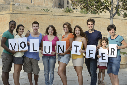 volunteer-shutterstock_113314864